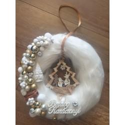 Ajtókopogtató 25cm Boldog Karácsonyt fehér szőrmés