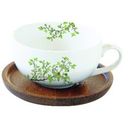 Porcelán teáscsésze akácfa tálcán Natura