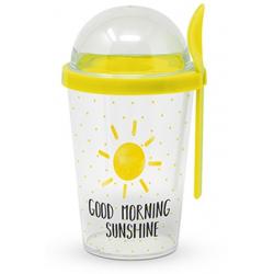 Műanyag joghurtos pohár gabona és gyümölcs tárolóval, kanállal