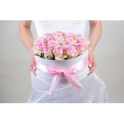 Virágdoboz Nagy, kerek , szatén rózsákkal