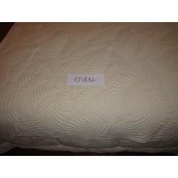 Ágytakaró  pamut 180x260cm krém, levél mintás